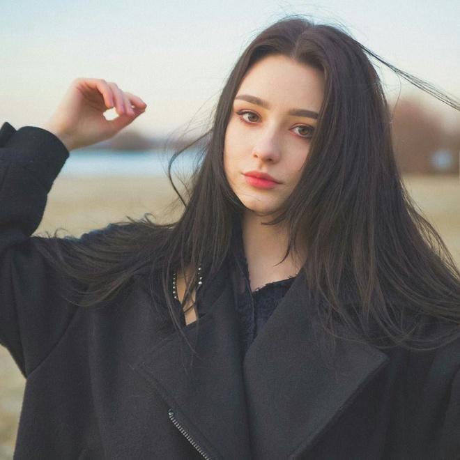 Hot girl Nga co hon mot trieu fan tren mang vi xinh nhu bup be hinh anh 3