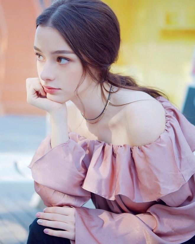 Hot girl Nga co hon mot trieu fan tren mang vi xinh nhu bup be hinh anh 6
