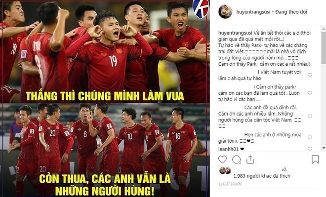 Ban gai cau thu Viet Nam: 'Tu hao lam! Ve nha thoi nhung nguoi hung' hinh anh 5