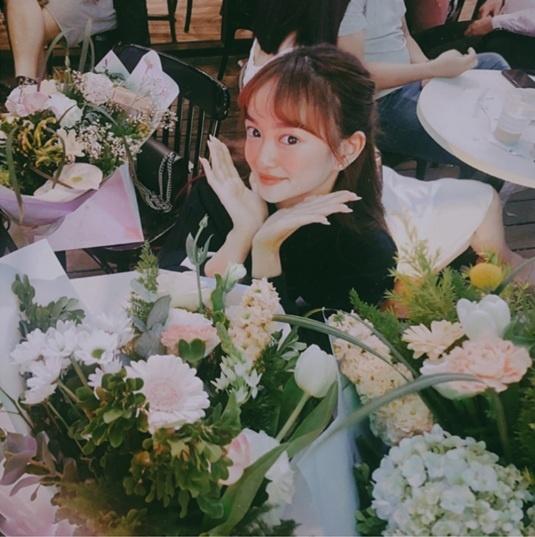 Kaity, Trinh Xiu, Trang Hy 'dinh nhau nhu sam' tu Tet den Valentine hinh anh 3