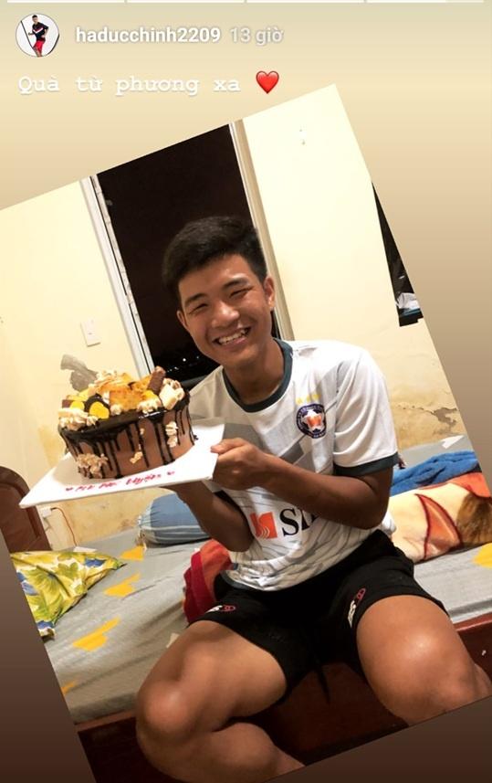 Tien Linh, Tien Dung tang vong vang, Dinh Trong don Valentine o Han hinh anh 13