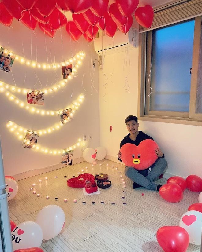 Tien Linh, Tien Dung tang vong vang, Dinh Trong don Valentine o Han hinh anh 5