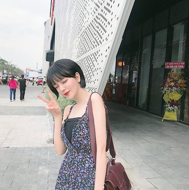 Nhan sac nu sinh Sai Gon 'phu song' dien dan hot girl chau A hinh anh 14