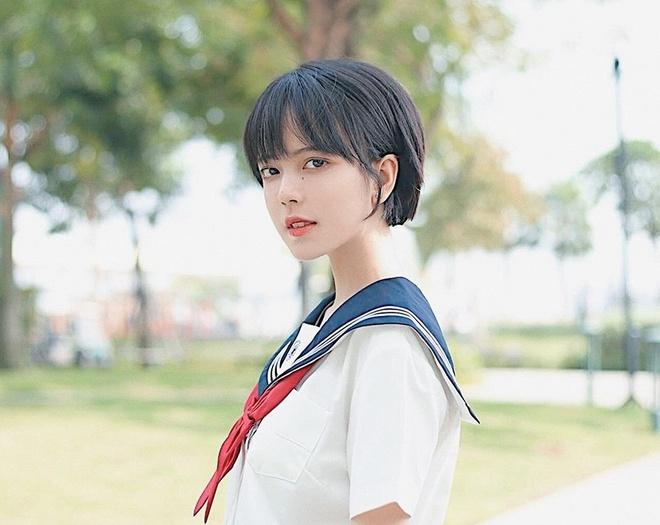 Nhan sac nu sinh Sai Gon 'phu song' dien dan hot girl chau A hinh anh 6