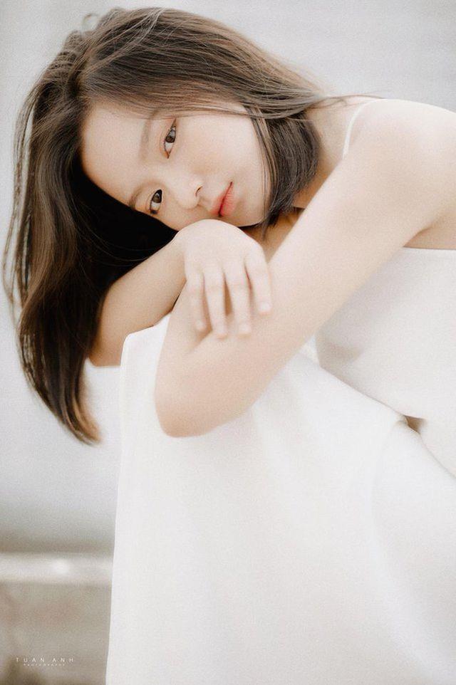 Hot girl Hai Phong 'hut follow' nho phong cach noi loan hinh anh 4