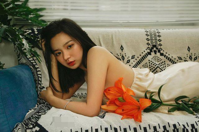 Hot girl Hai Phong 'hut follow' nho phong cach noi loan hinh anh 1