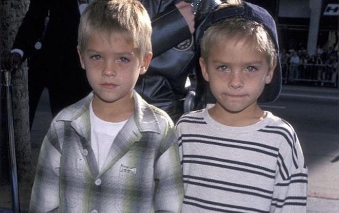 Cap song sinh dong 'Zack & Cody': Ky uc tuoi tho cua 9X, 10X doi dau hinh anh 1