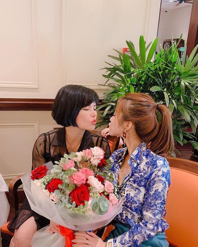Cac hot girl, rich kid chia se hanh phuc trong 'Ngay cua me' hinh anh 3
