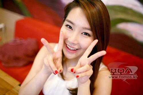 Ban gai So Ji Sub va 3 my nhan cua lang Lien Minh Huyen Thoai Han Quoc hinh anh 10