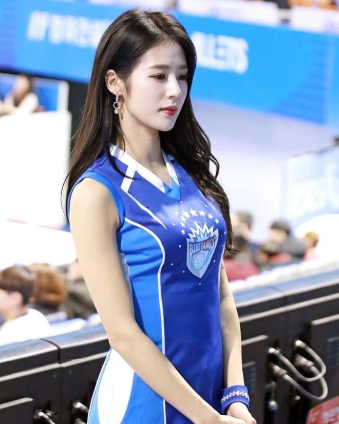Hoat nao vien Han Quoc duoc menh danh la 'thanh nu san co' hinh anh 3