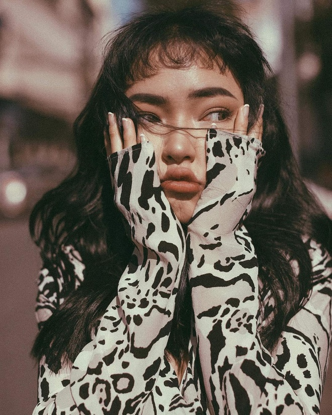 Hot girl Chau Bui khoe mua nha tai Sai Gon o tuoi 22 hinh anh 3