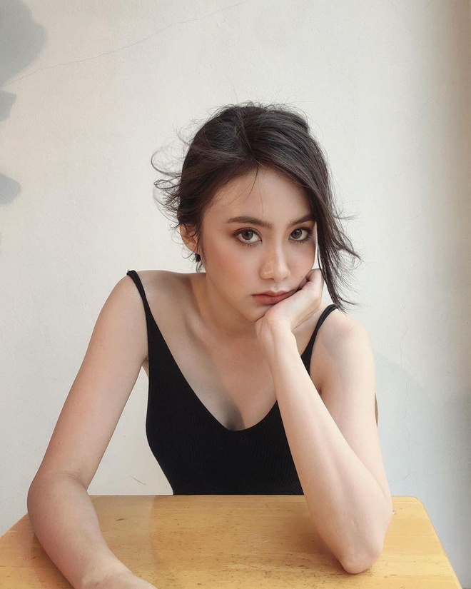 Loat hot girl Lao goc Viet tai sac xung danh 'con nha nguoi ta' hinh anh 9