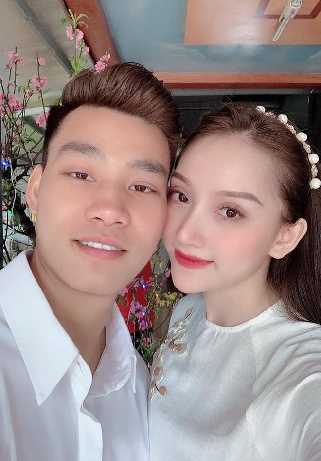 Van Thanh, Dinh Trong va cac cau thu noi tieng voi tinh yeu lau ben hinh anh 8
