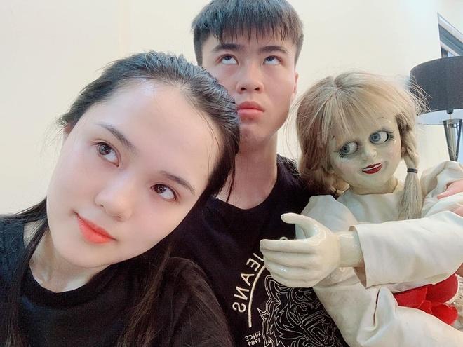 Van Thanh, Dinh Trong va cac cau thu noi tieng voi tinh yeu lau ben hinh anh 1