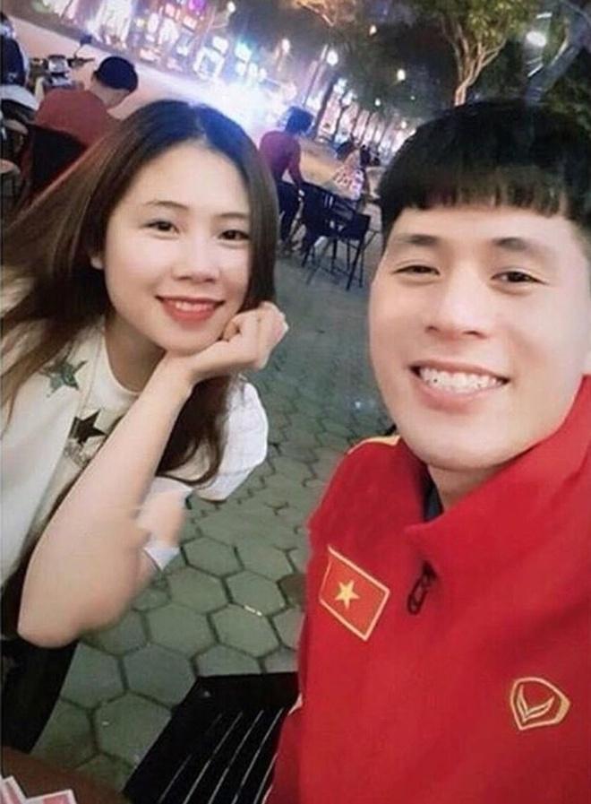 Van Thanh, Dinh Trong va cac cau thu noi tieng voi tinh yeu lau ben hinh anh 15