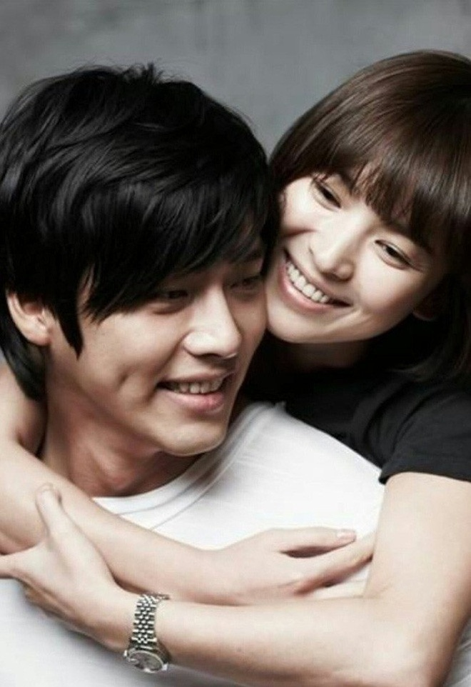 Song Hye Kyo truoc tuoi 30: Cha me ly hon, the chat yeu duoi hinh anh 5