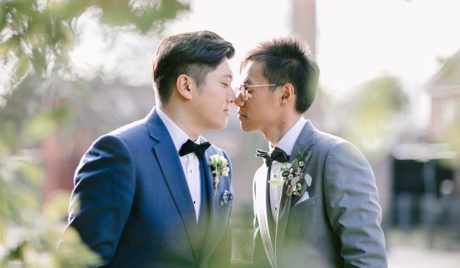 Cap LGBT Hong Kong bat man vi phai tra tien de song chung nha hinh anh 2