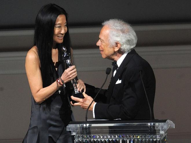 Tuoi tre Vera Wang: Bo giac mo tham du Olympic, roi Vogue sau 17 nam hinh anh 10