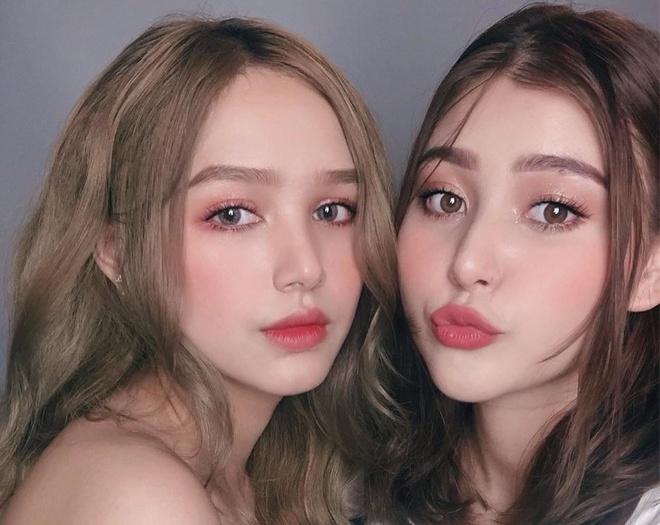2 cặp bạn thân hot girl thế hệ 2K nổi tiếng trên mạng