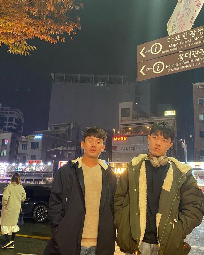 Xuan Truong rang ro khi gap lai dong doi cu tai Han Quoc hinh anh 9