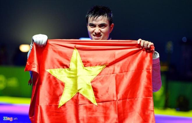 Hot boy dau kiem Vu Thanh An va dan VDV nam noi bat tai SEA Games 30 hinh anh 2
