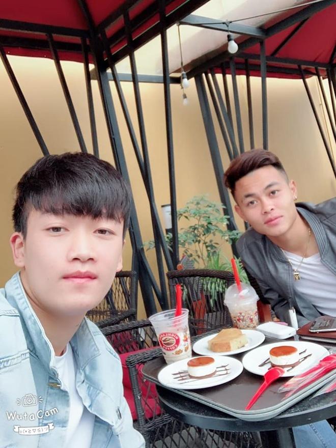 Duc Chinh - Tien Dung va nhung cap cau thu U22 duoc fan yeu thich hinh anh 12