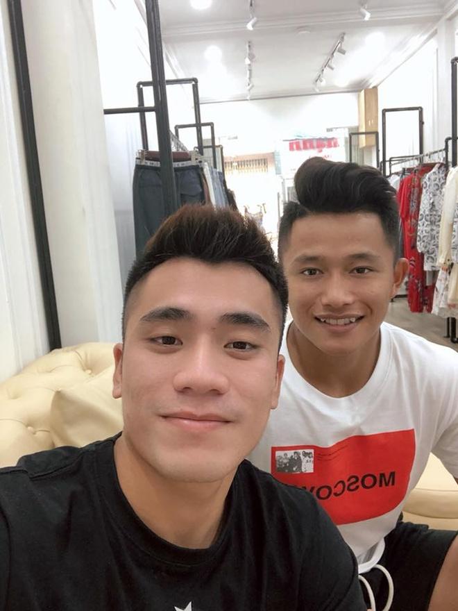 Duc Chinh - Tien Dung va nhung cap cau thu U22 duoc fan yeu thich hinh anh 8