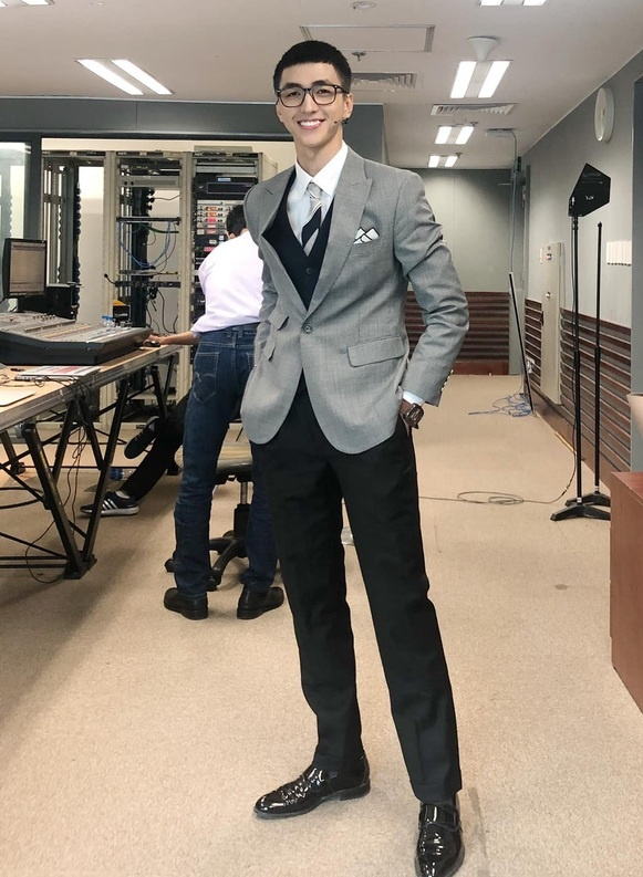 Dan mang bat trend toc ngo tau cua Park Seo Joon trong 'Itaewon Class' hinh anh 5 p9.jpg