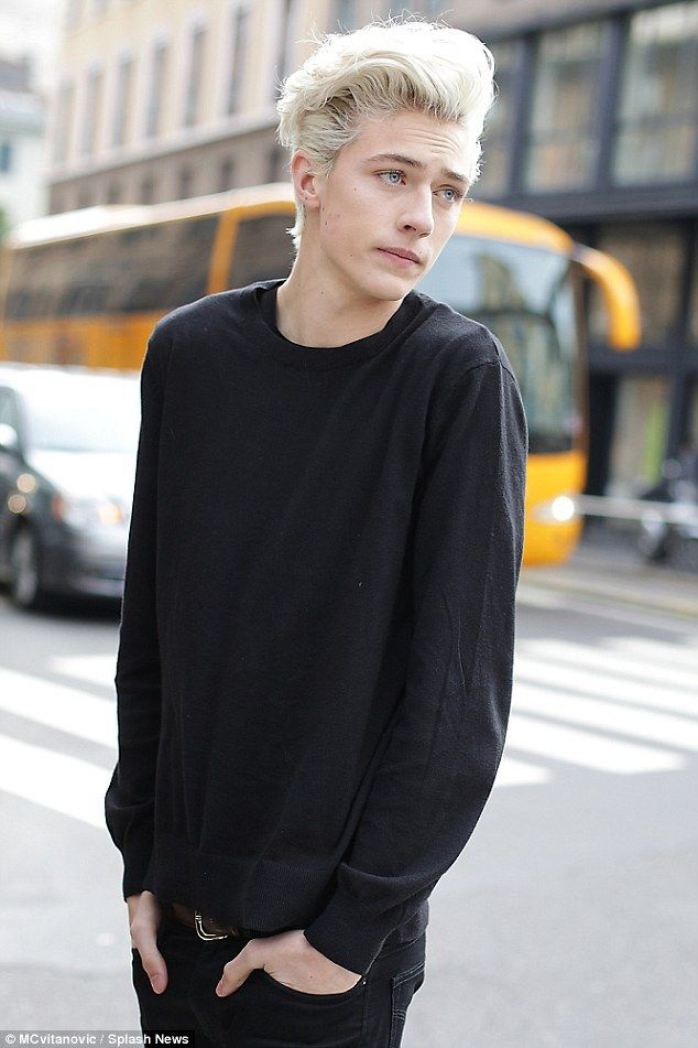 Lucky Blue Smith lam cha anh 3
