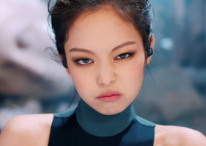 Jennie make up anh 9