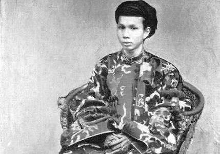 Gia Long,  Minh Mang,  vua say ruou,  Bao Dai,  Tran Thai Tong anh 1