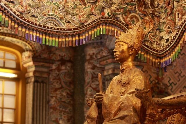 Vua Khai Dinh,  dang quang,  ngoc ti,  len ngoi anh 2