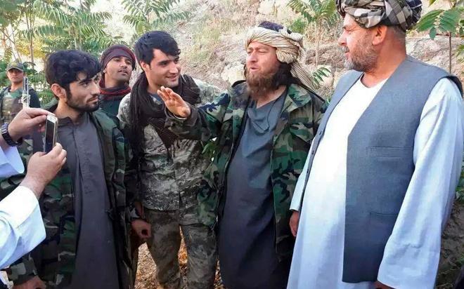 200 quan IS dau hang quan Afghanistan anh 1
