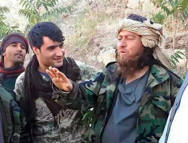 Thua Taliban, 200 chien binh IS dau hang quan doi Afghanistan hinh anh