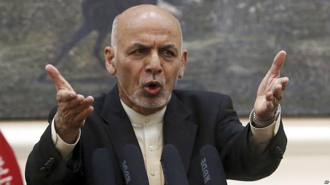 Taliban tai Afghanistan tu choi ngung ban, bat coc them 200 nguoi hinh anh 1