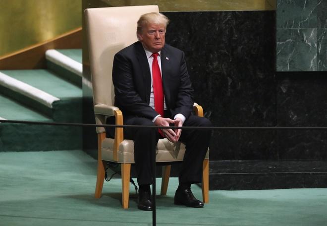 Tong thong Trump va ky hop LHQ 'that tran' ngay tren san nha hinh anh