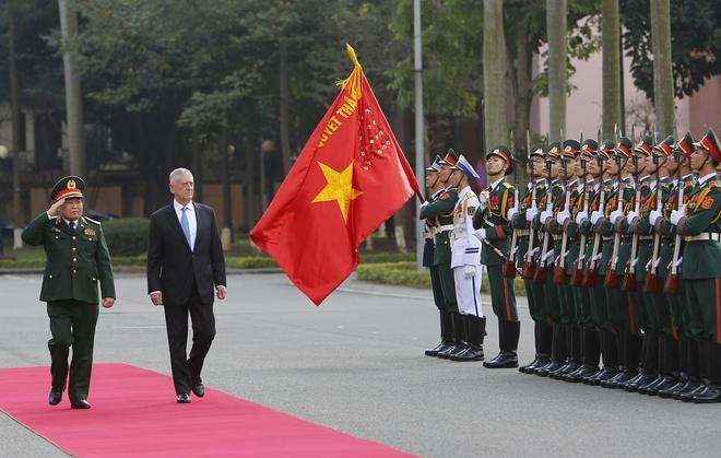 Bo truong Mattis tham VN, thuc day hop tac quoc phong Viet - My hinh anh 1