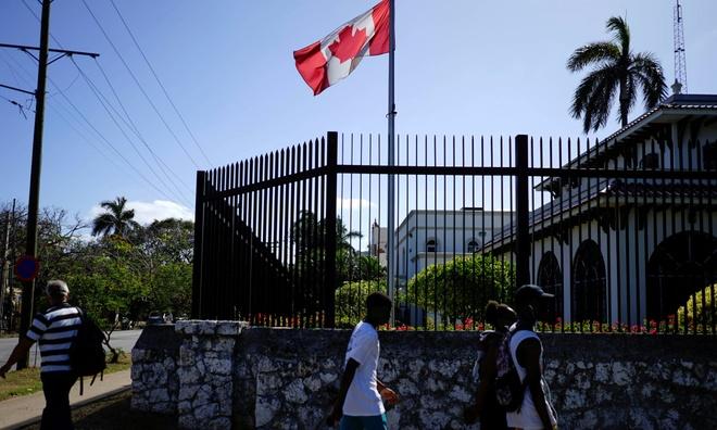 Vu 'tan cong song am' tai Cuba: Nhan vien ngoai giao Canada bi bo roi hinh anh