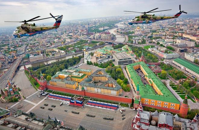 Den Nga xem World Cup, dung quen kham pha bi mat trong dien Kremlin hinh anh