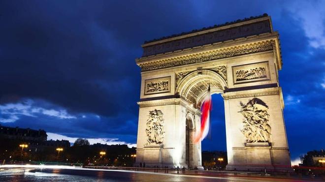Khải Hoàn Môn ở Pháp được xây vào năm nào?