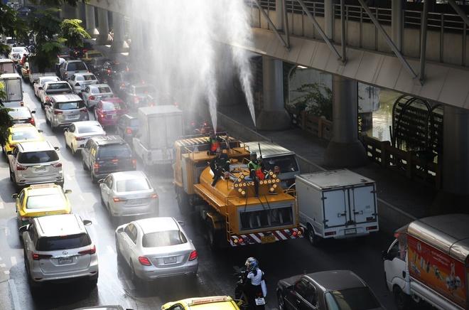 Khong khi o nhiem, du khach toi Bangkok can mang theo khau trang hinh anh 2