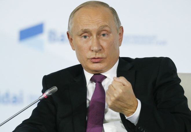 Putin: Chau Au tra gia vi phot lo canh bao ve viec My ap thue hinh anh