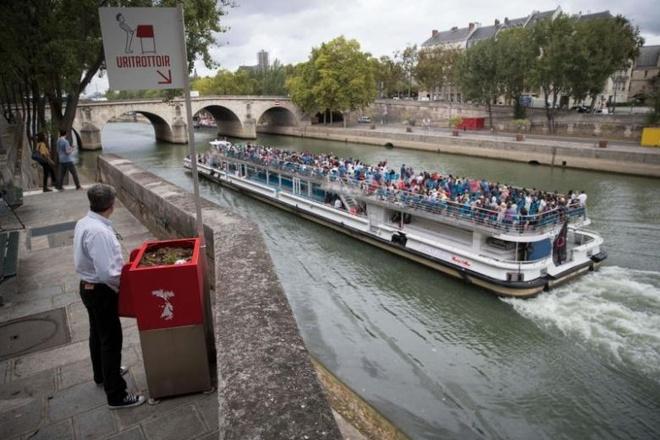 Paris lap dat bon tieu tien cong cong gay tranh cai hinh anh
