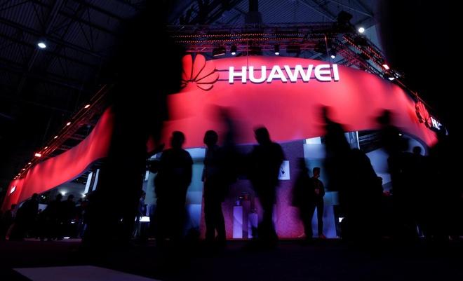 Tan ngoai truong Australia ung ho cam cua Huawei vi lo bi do tham hinh anh 2