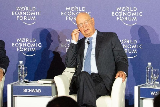 Chu tich WEF: Quoc gia bo lo chuyen tau Cach mang 4.0 se bi tut hau hinh anh