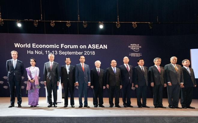 Be mac 'ngay hoi giao luu y tuong' WEF ASEAN hinh anh