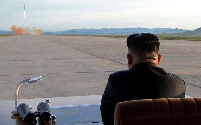 Ban biet gi ve nha lanh dao Trieu Tien Kim Jong Un? hinh anh