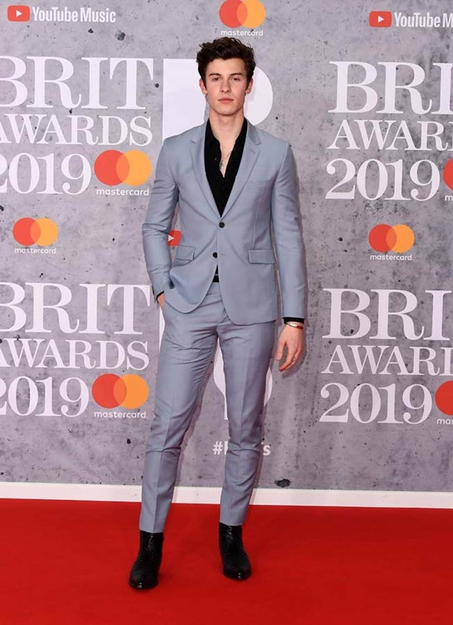 Dan sao hang dau Anh quoc quy tu tai le trao giai Brit Awards 2019 hinh anh 8