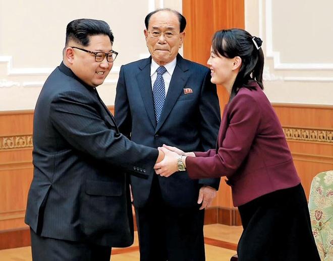 Net duyen tham va phong cach thoi trang gian di cua em gai Kim Jong Un hinh anh 6