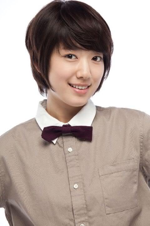 Park Shin Hye - tu mot co gai kem noi bat den ngoc nu thoi trang hinh anh 2